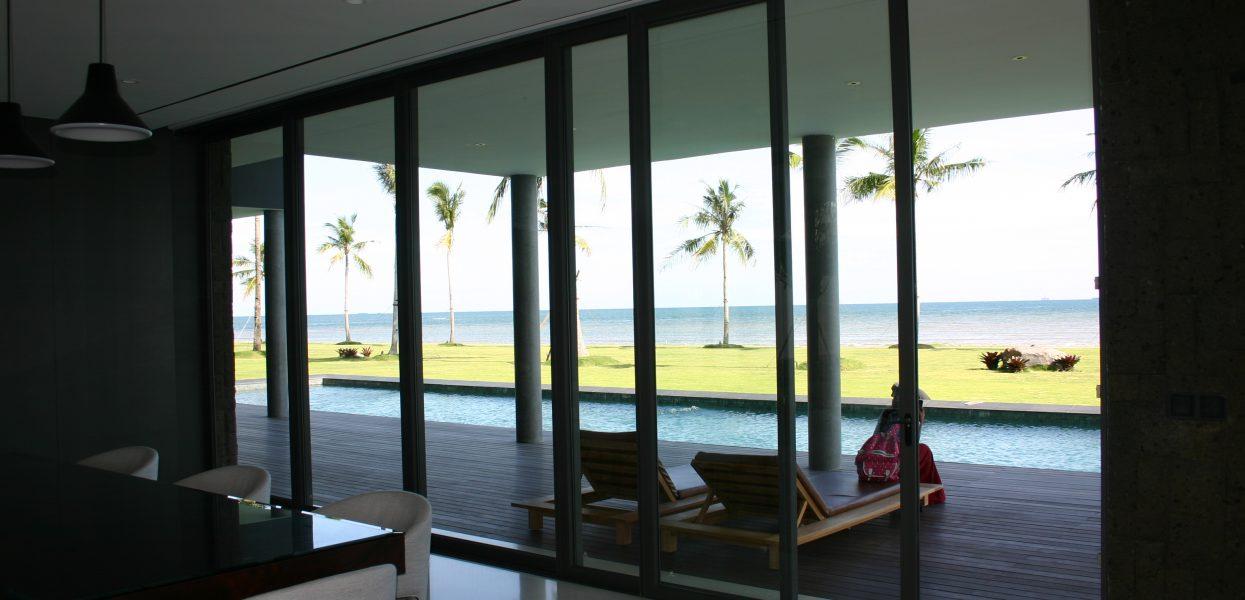 kusen jendela terbaik untuk rumah di kawasan pantai
