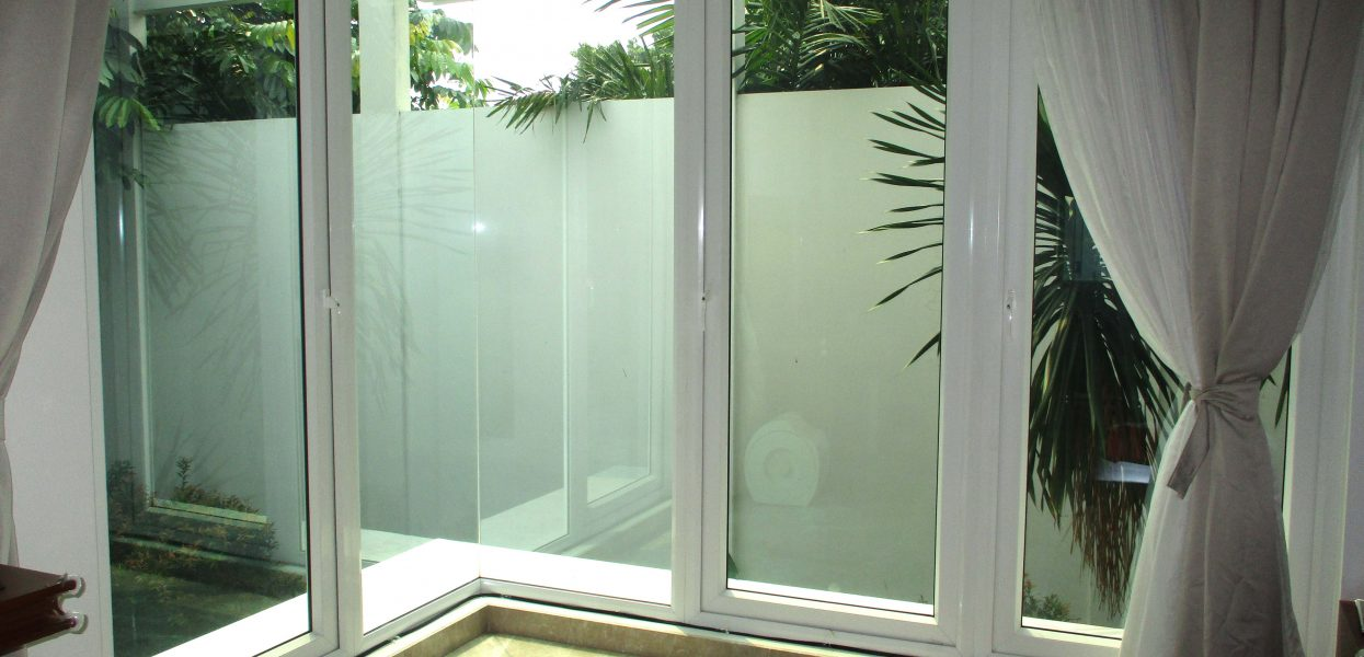 Desain Kusen Kayu Aluminium Minimalis Jendela Pintu Terbaru